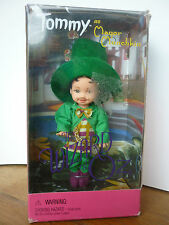 BARBIE poupée Doll TOMMY  as Mayor Munchkin The wizard of Oz 2000 -Réf 25817