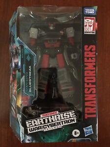 Transformers War for Cybertron Earthrise Walgreens Exclusive Bluestreak In Hand