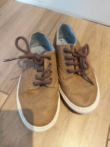 Boys NEXT brown brogue shoes size 8