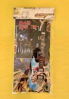 Iron Maiden - Exclusive Mini Guitars / 1:6 Scale