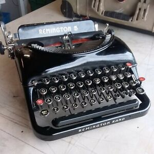Remington Model 5 Portable Typewriter. Excellent Paint