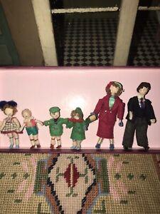Vintage Grecon Dolls House Family
