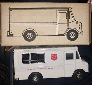 ERTL Salvation Army Step Van Truck Bank #2101 Diecast