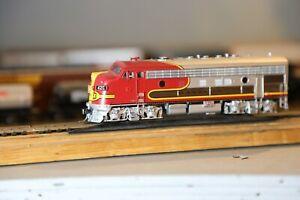 athearn genesis ho locomotives dcc F7A Santa Fe Passenger DCC