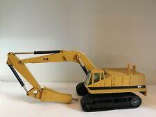 Caterpillar 245 Kettenbagger mit Hammer von NZG 377 1:50