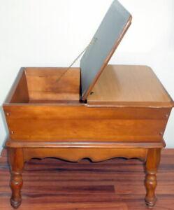 MID CENTURY VINTAGE/ANTIQUE MAPLE DOUGH BOX END TABLE FLIP TOP HINGED 26.5X22X18