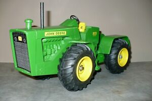 RARE 1/16 8020 JOHN DEERE 4-Wheel Drive Toy Tractor by Trumm