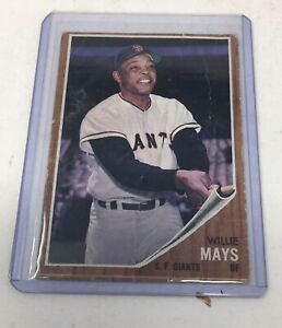 Original 1962 Topps Willie Mays Baseball Card #300