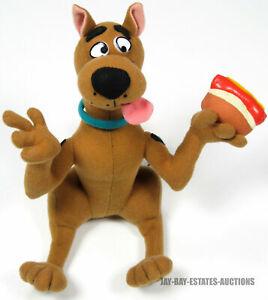 "VINTAGE SCOOBY-DOO ""HOLDING HOT DOG"" PLUSH DOLL HANNA BARBERA CARTOONS 1998 10"""