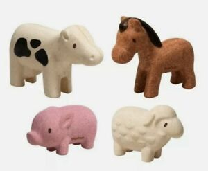 Plan Toys SUSTAINABLE wooden Farm Animals Set pretend play FREE gift wrapping
