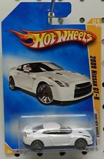 WHITE 2009 NISSAN GT-R GT R 09 001 1 01 SPORTS CAR HW HOT WHEELS