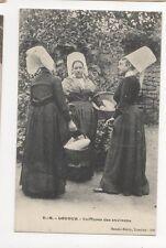 Loudon Coiffures des Envions France Vintage Postcard 273a