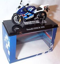 Atlas motorbike Suzuki GSX-R 1000 1-24 Scale New in Case