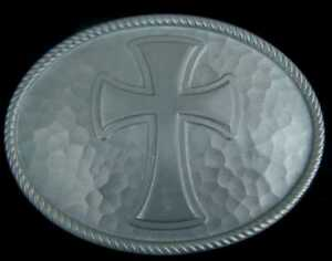 NICE LARGE SIZED CROSS BELT BUCKLE WITH HAMMERED LOOK BACKGROUND NEW!