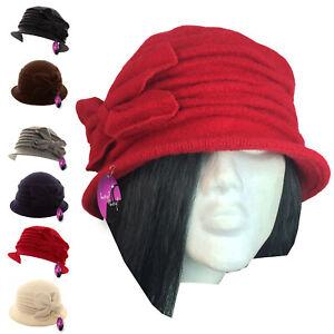 Flower Cloche Hat Soft Warm Wool 1920s 30s Downton Abbey Style Winter Ladies