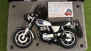 MOTO  YAMAHA SR 500 gris échelle 1/10 SCHUCO 45 0066 5100 minature de collection