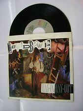 """DAVID BOWIE - DAY IN DAY OUT - 7"""" VINYL IN EXCELLENT CONDITION - ITALY 1987"""