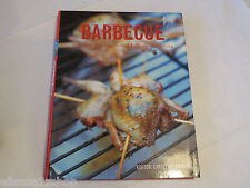 Barbecue bbq over 200 Sizzling Dishes for outdoor eating softcover preowned*^