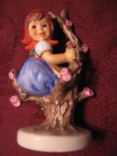 Goebel 141 3/0 Apple Tree Girl Tmk#7