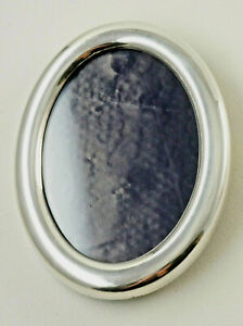 Beautiful Oval Photo Frame, Punched NS Nickel Silver, With Glass, 11x14 CM (H9)