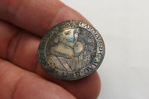 ORIGINAL KING CHARLES THE FIRST 1600S SILVERED BADGE 3104