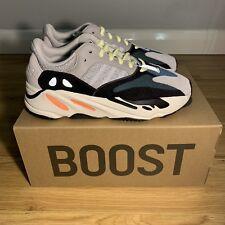 Adidas Yeezy Boost 700 Wave Runner Sólido Gris & en Blanco-Talla UK7