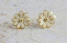 Vintage Gold Tone White Daisy Clip-On Earrings