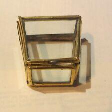 Boite à bijoux en verre sur armature plaquée or – fait main -