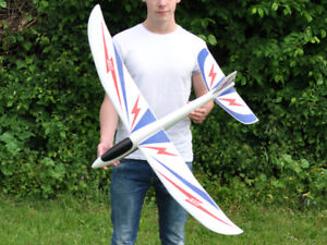 The Bolt Giant 1.2m Chuck Glider - 4ft Wingspan -Ideal Gift - Fun!