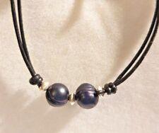 Collana girocollo in cuoio con 2 perle e argento 925