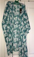 NWT Ugg Bryer Floral Print Sleepwear Robe Size M. Short Length