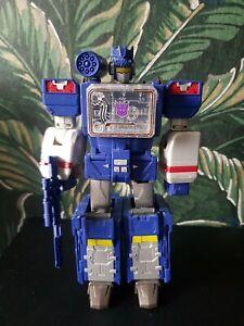 Transformers Titans Return Soundwave Action Figure