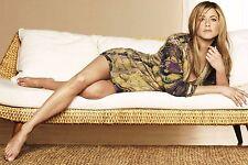 Jennifer Aniston Unsigned 8x12 Photo (53)