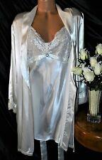Nightgown, Peignoir Set. LX, NWOT Jones New York. Ivory satiny,  a must have!