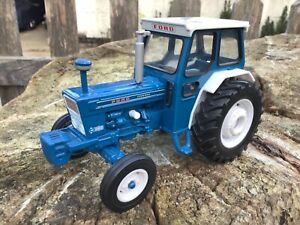 1/32 scale Britains 42197 Ford 7000 tractor tracteur traktor