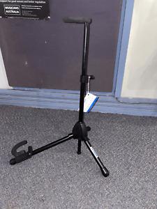 Bass clarinet instrument stand - Tornado