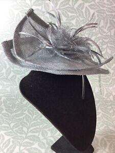 Suzie Mahony Designs Silver Grey Fascinator on Headband BNWT Wedding, Occasion