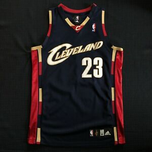 NBA AUTHENTIC LeBron James Cleveland Cavaliers Adidas Alternate jersey 40