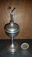 ANCIENNE LAMPE A PETROLE METAL ECLAIRAGE 19e SIECLE ART NOUVEAU HUILE LANTERNE