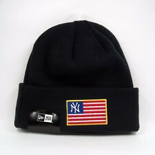 New Era Men's MLB New York Yankees USA Flag Knit Beanie Hat - One Size