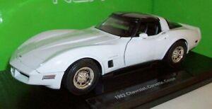 Welly 1/18 Scale - 12546W 1982 Chevrolet Corvette Coupe White