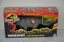 Jurassic Park NEW Kenner Triceratops JP08 w Dino Damage Head Ramming
