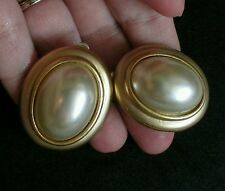 #vintage #Faux Pearl #Earrings oval Gold Tone Chunky Clip On button #jewelry