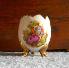 Vtg Egg Cup Cracked 3 Footed Painted Scene Marked 18K Gold Edge & Foot