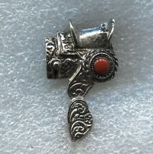 VINTAGE 1970's - 80's  ANTIQUE WESTERN SADDLE PIN w/ CORAL STONE