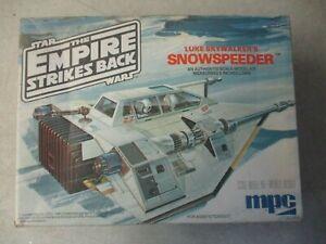 VINTAGE 1980 STAR WARS EMPIRE STRIKES BACK LUKES SNOWSPEEDER MODEL KIT IN BOX