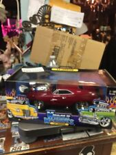 MUSCLE MACHINES 1/18  69 CHARGER RT ( LIQUID RED ) - RARE -- NIB