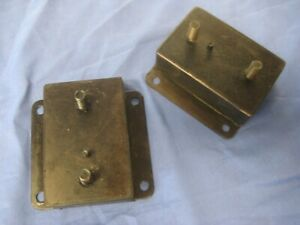 MG PAIR MGC ROADSTER OR GT ENGINE MOUNTS PAIR  AHC91