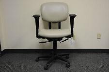 Haworth Improv ergonomic ergo MID BACK OFFICE SWIVEL OFFICE CHAIR MODERN BEIGE
