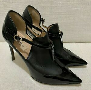 VALENTINO Matte and Patent Leather Point Toe Ankle Boots/Heels Sz 38 US8 AU7 UK5